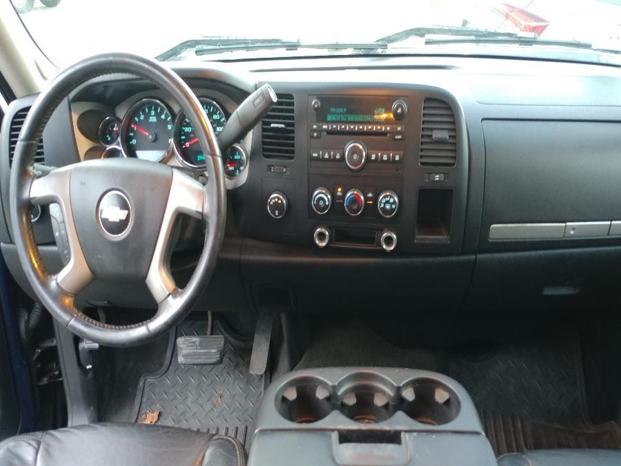 "Used Chevrolet Silverado 1500 4WD Ext Cab 143.5"" LT w/2LT 2008 | Matts Auto Mall LLC. Chicopee, Massachusetts"