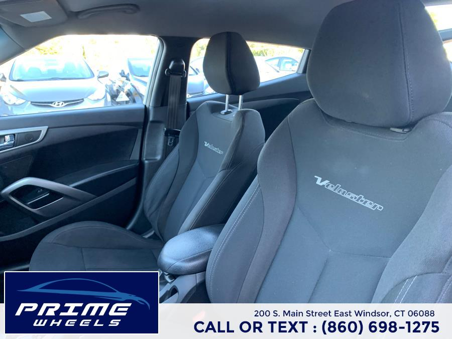 Used Hyundai Veloster 3dr Cpe Auto w/Black Int 2014   Prime Wheels. East Windsor, Connecticut