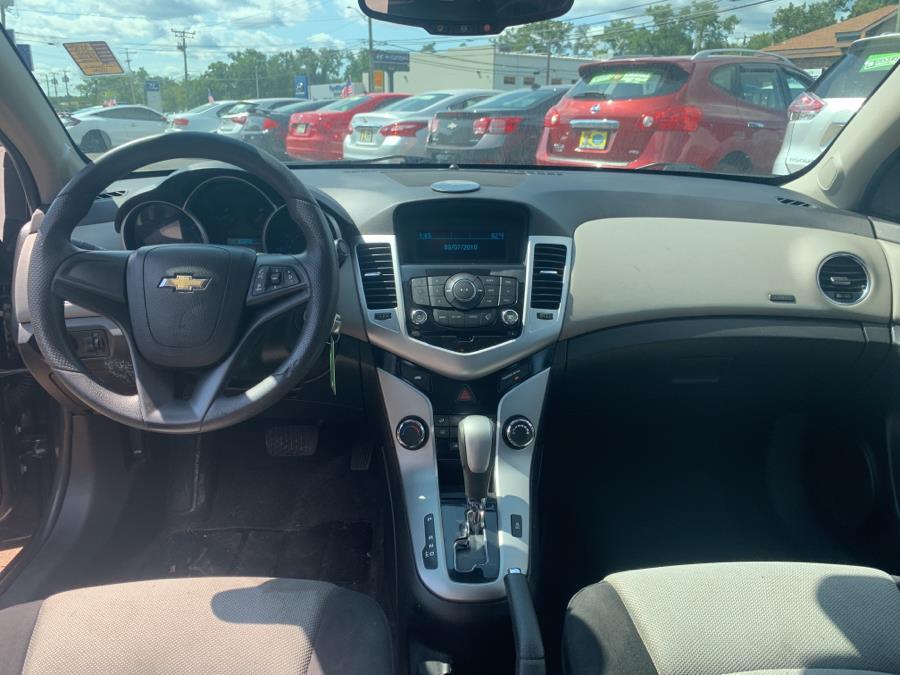 Used Chevrolet Cruze 4dr Sdn Auto LS 2015 | Diamond Auto Cars LLC. Vernon, Connecticut