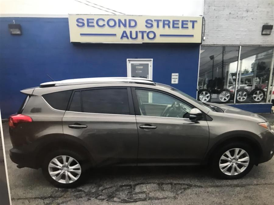 Used 2014 Toyota Rav4 in Manchester, New Hampshire | Second Street Auto Sales Inc. Manchester, New Hampshire