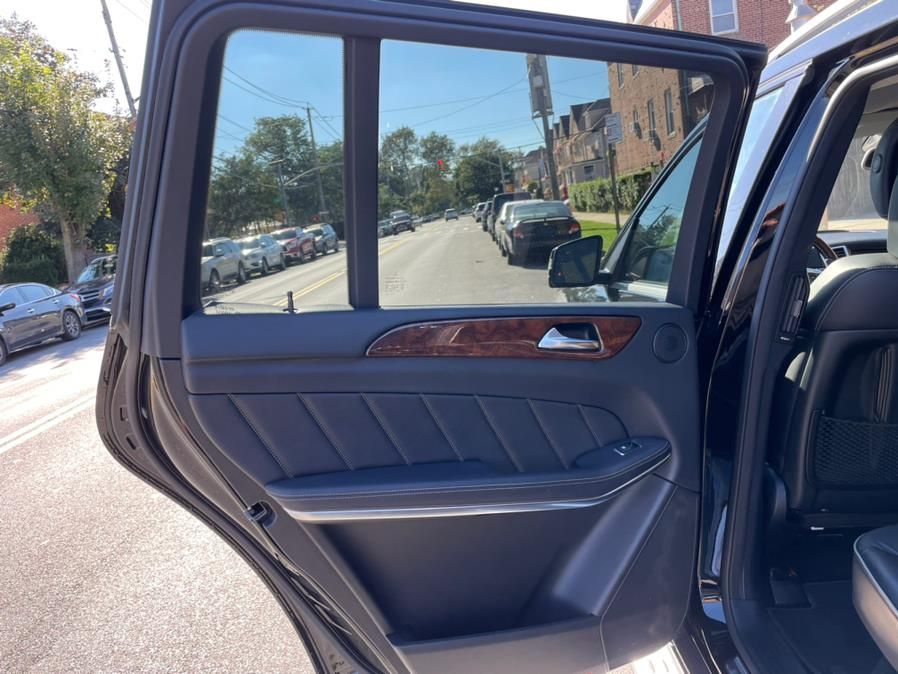2013 Mercedes-Benz GL-Class 4MATIC 4dr GL 550, available for sale in Brooklyn, NY