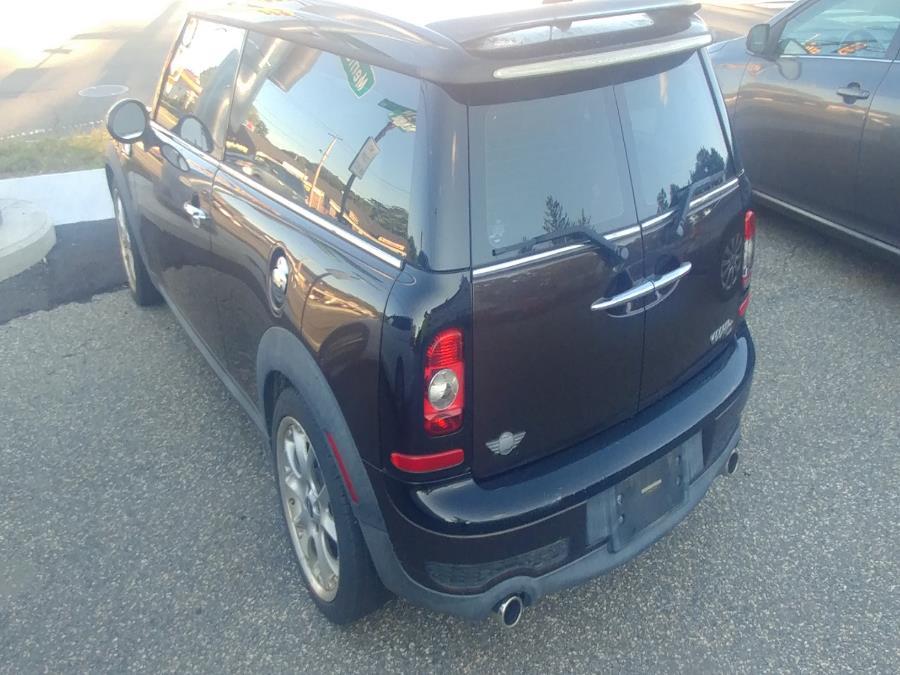 Used MINI Cooper Clubman 2dr Cpe S 2010 | Matts Auto Mall LLC. Chicopee, Massachusetts