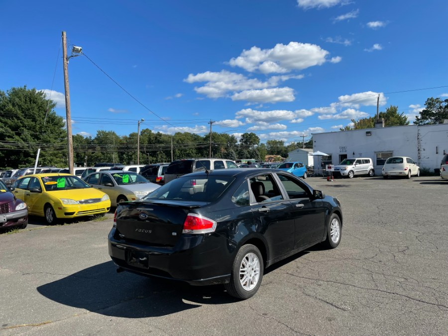 Used Ford Focus 4dr Sdn SE 2010 | CT Car Co LLC. East Windsor, Connecticut