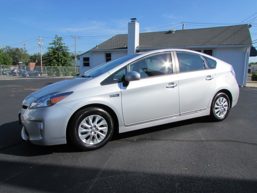 Used 2014 Toyota Prius Plug-In in Milford, Connecticut | Chip's Auto Sales Inc. Milford, Connecticut