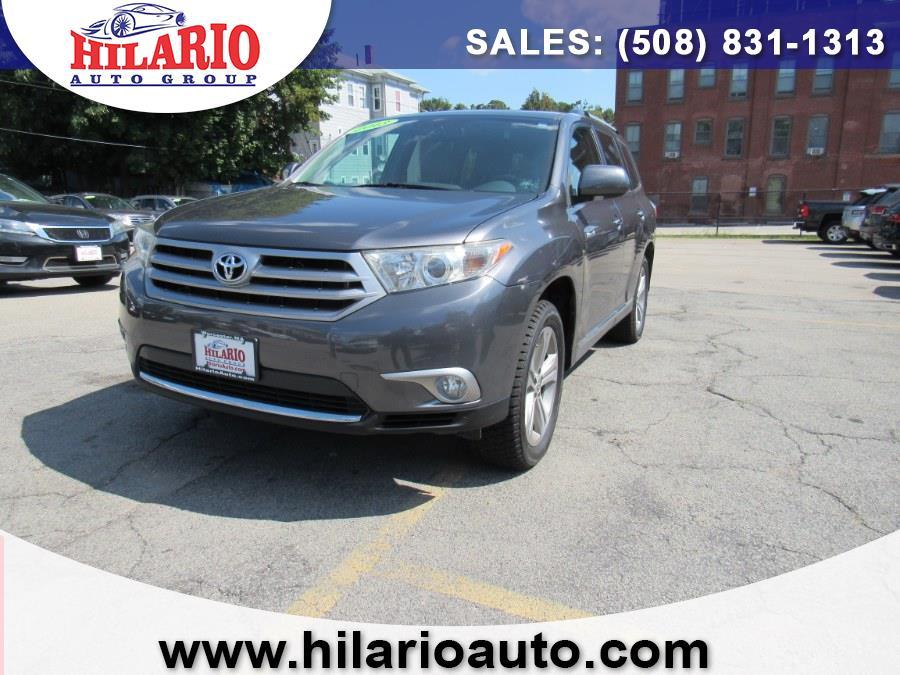 Used Toyota Highlander Limited 2013 | Hilario's Auto Sales Inc.. Worcester, Massachusetts
