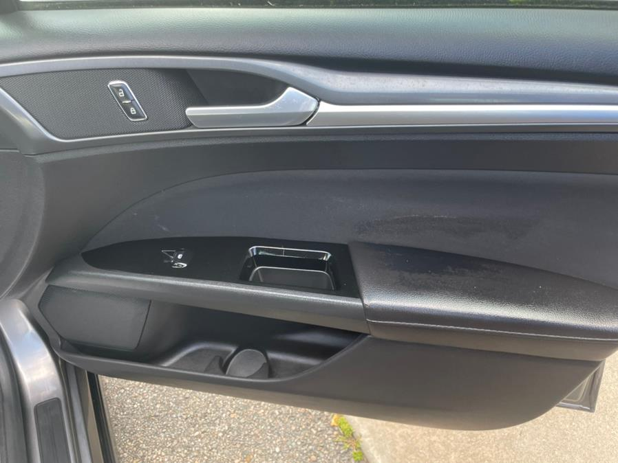 Used Ford Fusion 4dr Sdn SE FWD 2013   Century Auto And Truck. East Windsor, Connecticut