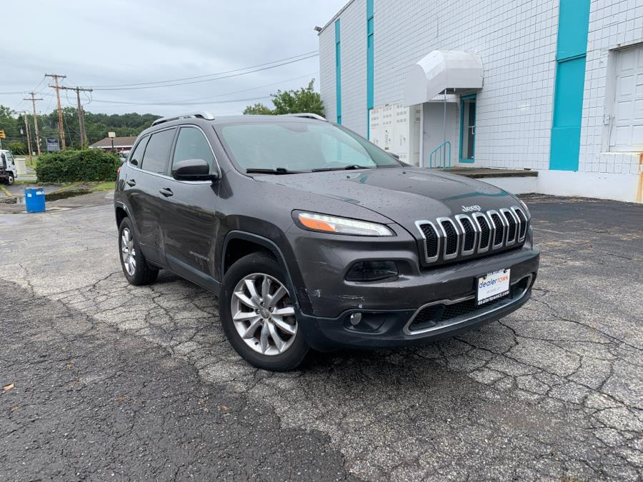 Used Jeep Cherokee 4WD 4dr Limited 2015   Dealertown Auto Wholesalers. Milford, Connecticut