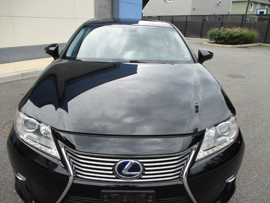 Used Lexus ES 300h 4dr Sdn Hybrid 2013 | South Shore Auto Brokers & Sales. Massapequa, New York