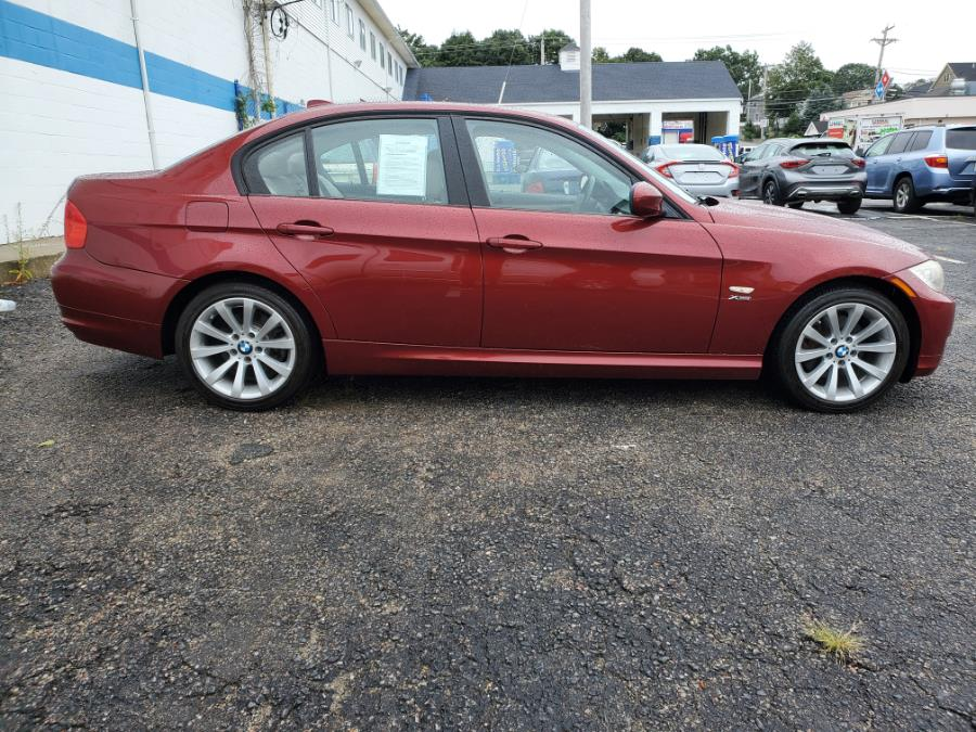 Used BMW 3 Series 4dr Sdn 328i xDrive AWD SULEV 2011 | Capital Lease and Finance. Brockton, Massachusetts