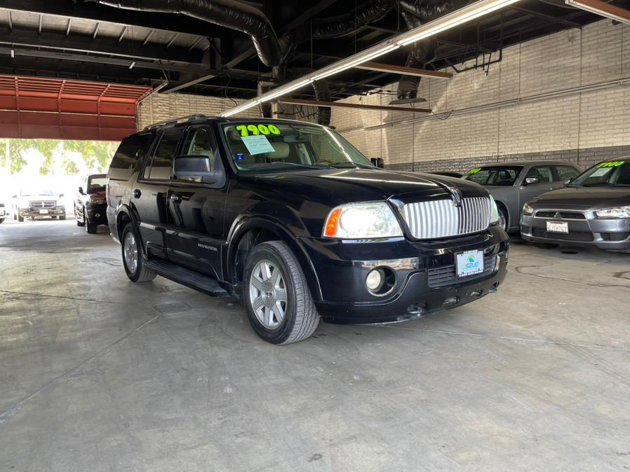 Used Lincoln Navigator 4dr 4WD Luxury 2004 | U Save Auto Auction. Garden Grove, California