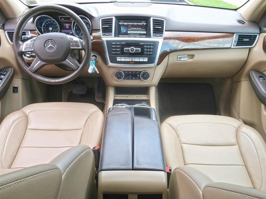 Used Mercedes-benz M-class ML 350 2015 | Auto Expo Ent Inc.. Great Neck, New York