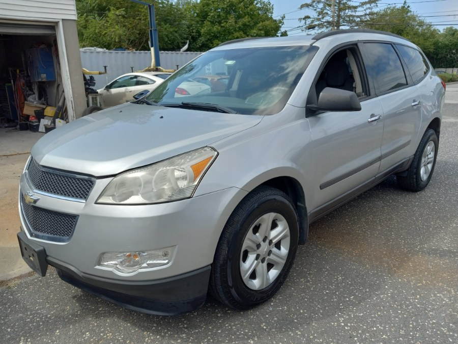 Used 2012 Chevrolet Traverse in Patchogue, New York | Romaxx Truxx. Patchogue, New York