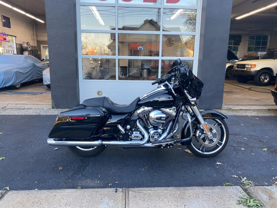Used 2014 Harley Davidson Street Glide in Milford, Connecticut | Village Auto Sales. Milford, Connecticut