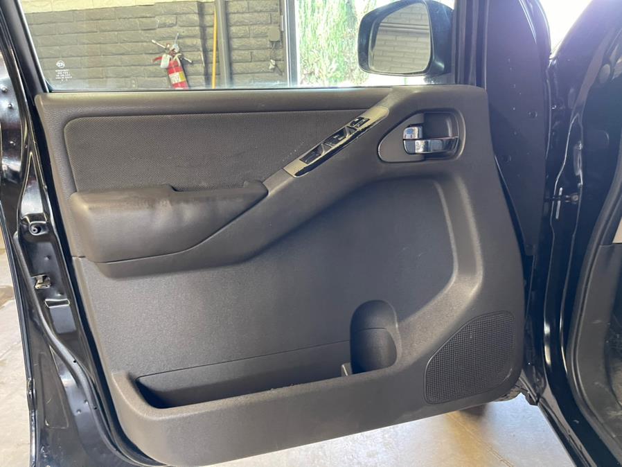 Used Nissan Pathfinder 4WD 4dr V6 SV 2011 | U Save Auto Auction. Garden Grove, California