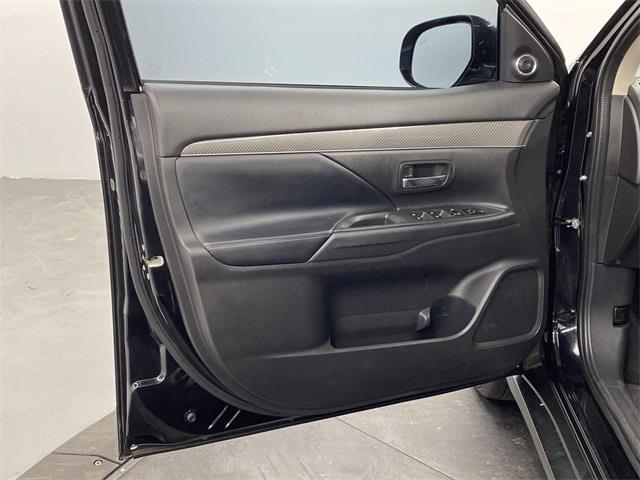 Used Mitsubishi Outlander SEL 2019 | Eastchester Motor Cars. Bronx, New York