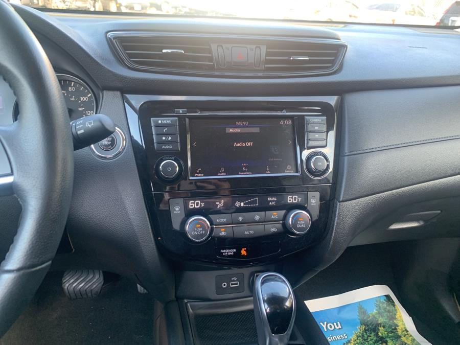 Used Nissan Rogue AWD SV 2018 | Auto Haus of Irvington Corp. Irvington , New Jersey