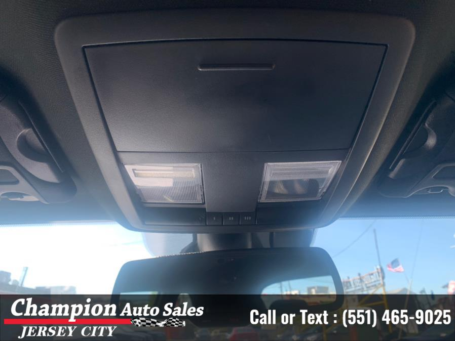 Used Dodge Challenger GT Coupe 2017   Champion Auto Sales. Jersey City, New Jersey