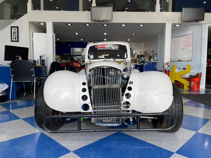 Used Legendary  car 100 White 2000 | Chris's Auto Clinic. Plainville, Connecticut