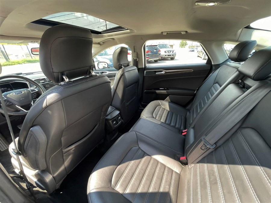 Used Ford Fusion 4dr Sdn SE FWD 2014 | Temple Hills Used Car. Temple Hills, Maryland