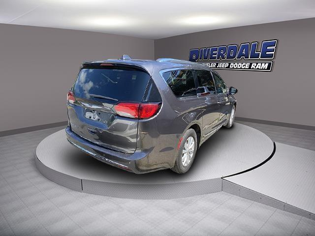 Used Chrysler Pacifica Touring L 2019 | Eastchester Motor Cars. Bronx, New York