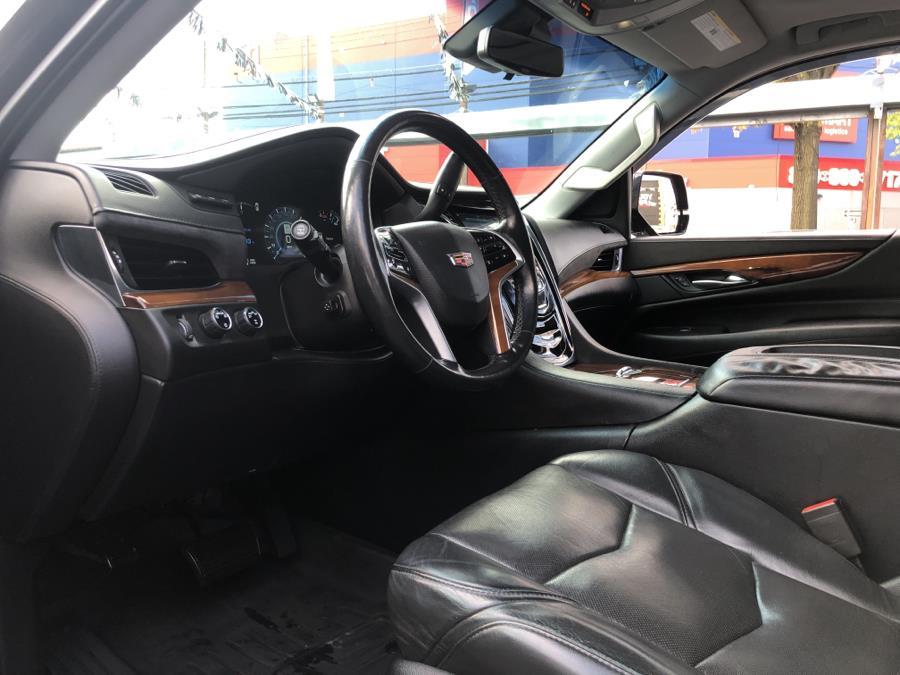 Used Cadillac Escalade 4WD 4dr Luxury 2017 | Champion Auto Sales Of The Bronx. Bronx, New York