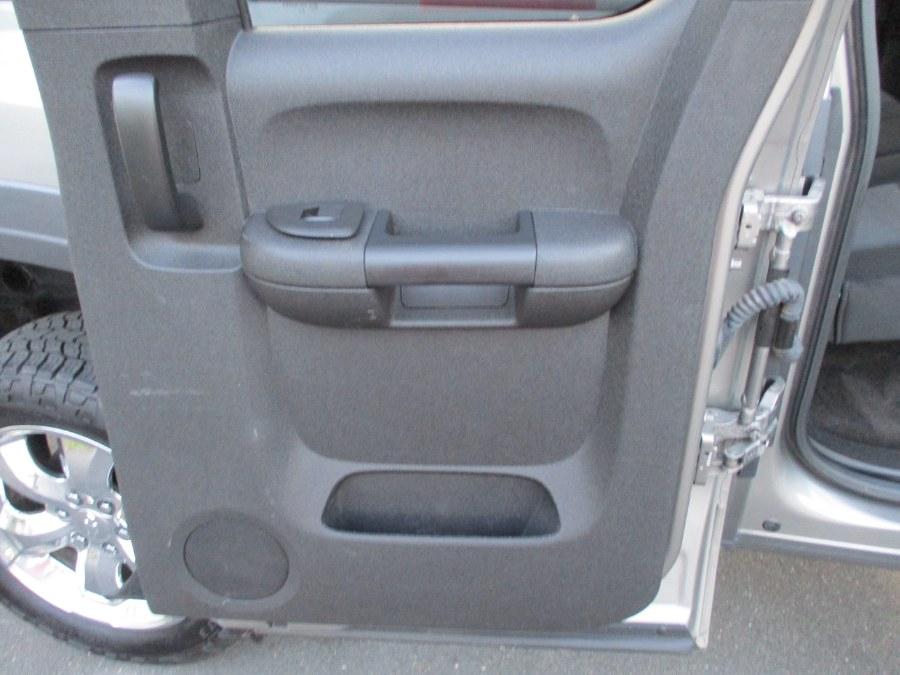 "Used Chevrolet Silverado 1500 4WD Ext Cab 143.5"" LS 2013   Suffield Auto Sales. Suffield, Connecticut"