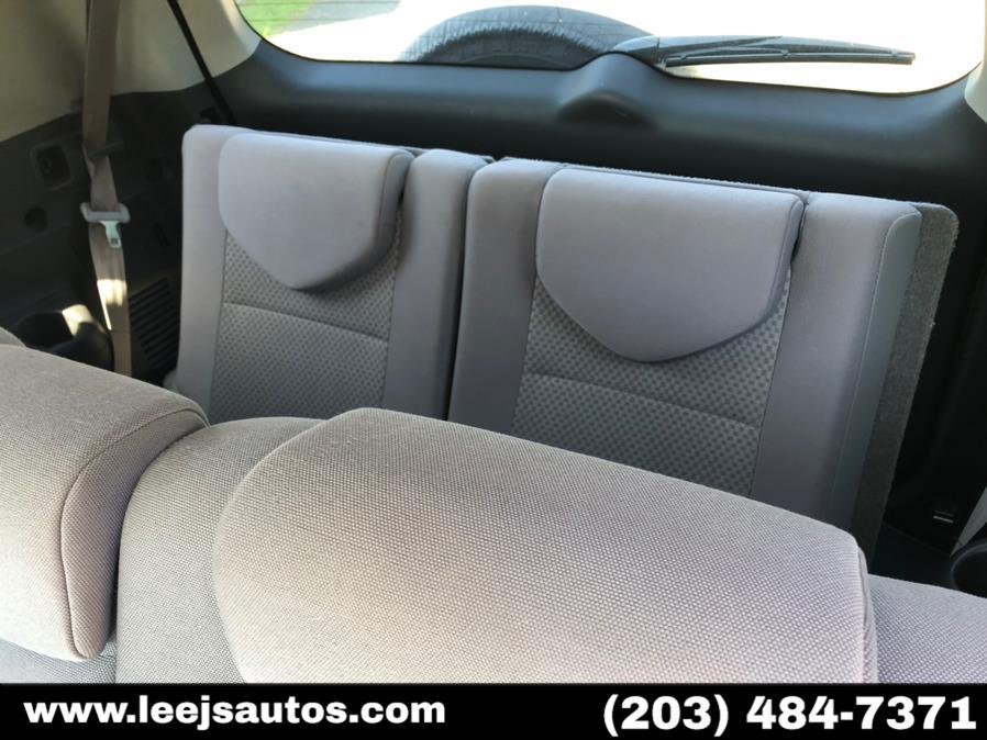 Used Toyota RAV4 4WD 4dr V6 (Natl) 2007 | LeeJ's Auto Sales & Service. North Branford, Connecticut