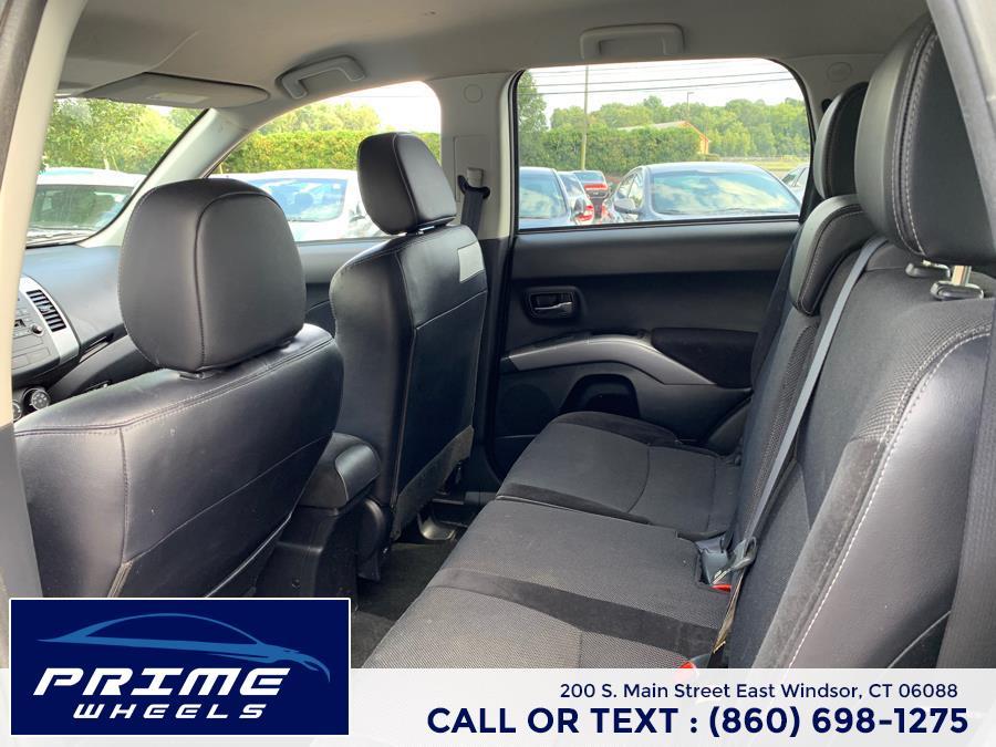 Used Mitsubishi Outlander 4WD 4dr SE 2011 | Prime Wheels. East Windsor, Connecticut