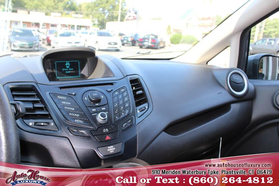 Used Ford Fiesta 4dr Sdn SE 2014 | Auto House of Luxury. Plantsville, Connecticut