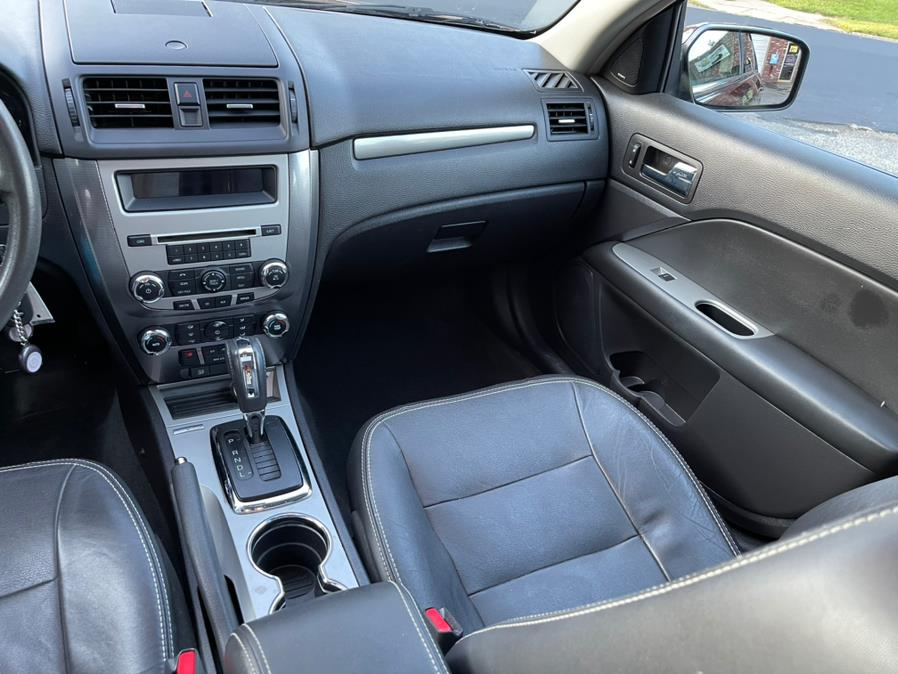 Used Ford Fusion 4dr Sdn SEL FWD 2012 | Central Auto Sales & Service. New Britain, Connecticut