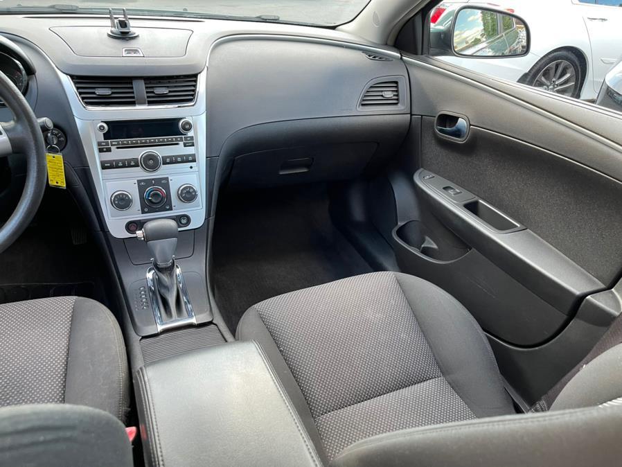 Used Chevrolet Malibu 4dr Sdn LT w/1LT 2009   Central Auto Sales & Service. New Britain, Connecticut