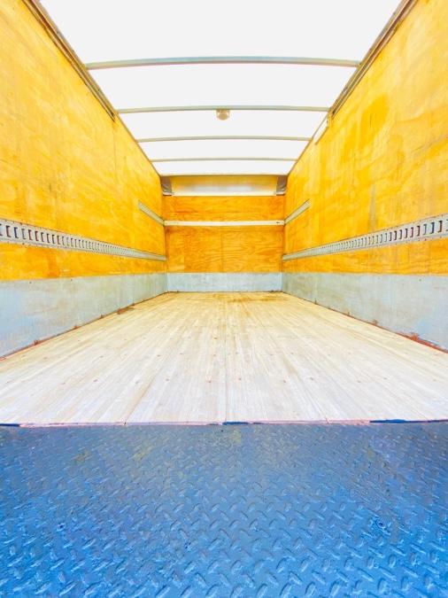 Used HINO 195 16 FEET DRY BOX + 17950LB GVW + NO CDL 2018 | NJ Truck Spot. South Amboy, New Jersey