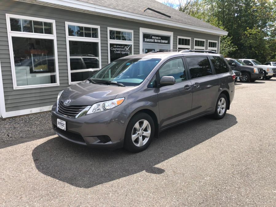 Used Toyota Sienna LE FWD 8-Passenger (Natl) 2017 | Searsport Motor Company. Searsport, Maine