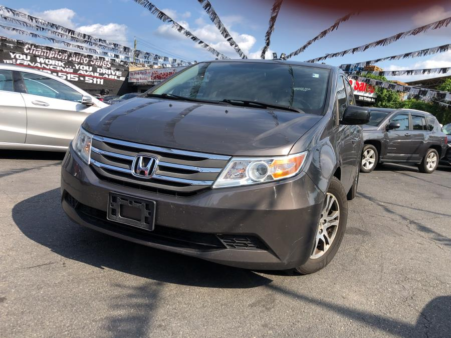 Used 2013 Honda Odyssey in Bronx, New York | Champion Auto Sales. Bronx, New York