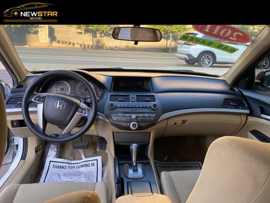 Used Honda Accord Sdn 4dr I4 Auto LX 2011 | New Star Motors. Chelsea, Massachusetts