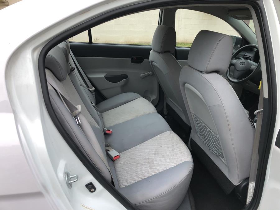 Used Hyundai Accent 4dr Sdn Auto GLS 2010 | Mecca Auto LLC. Hartford, Connecticut
