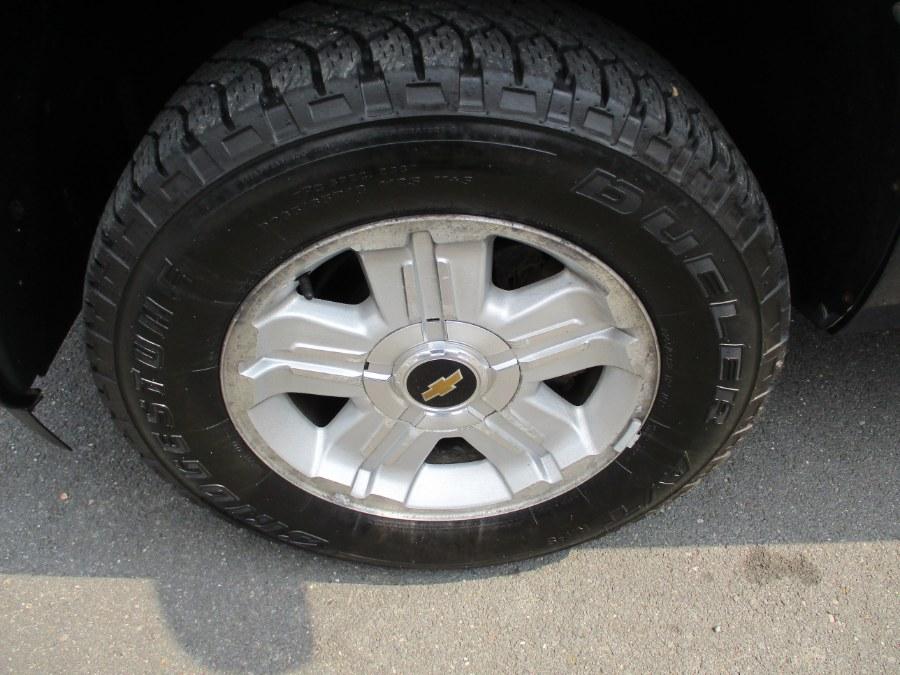 "Used Chevrolet Silverado 1500 4WD Ext Cab 143.5"" LT 2011 | Suffield Auto Sales. Suffield, Connecticut"