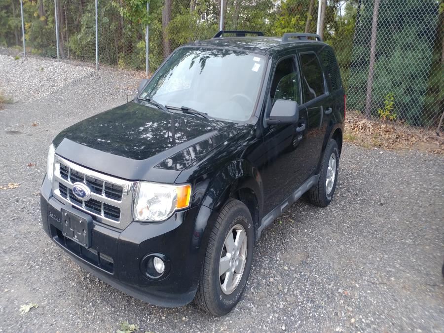 Used 2010 Ford Escape in Chicopee, Massachusetts | Matts Auto Mall LLC. Chicopee, Massachusetts