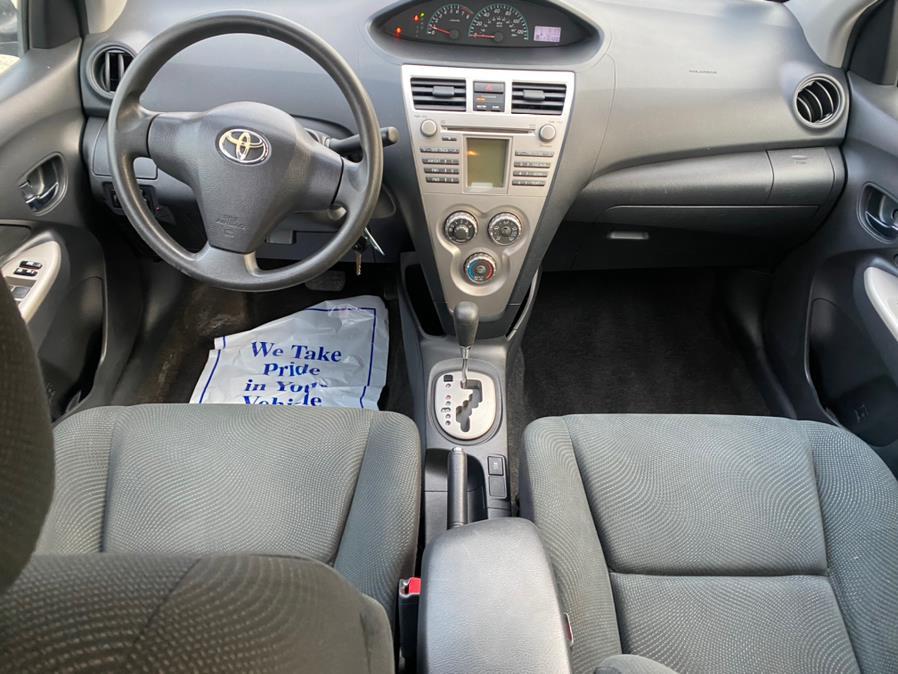 Used Toyota Yaris 4dr Sdn Auto 2010 | Gas On The Run. Swansea, Massachusetts