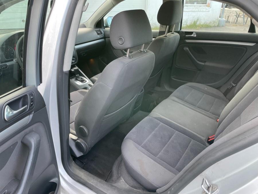 Used Volkswagen Jetta Sedan 4dr Value Edition Manual PZEV 2006   CT Car Co LLC. East Windsor, Connecticut