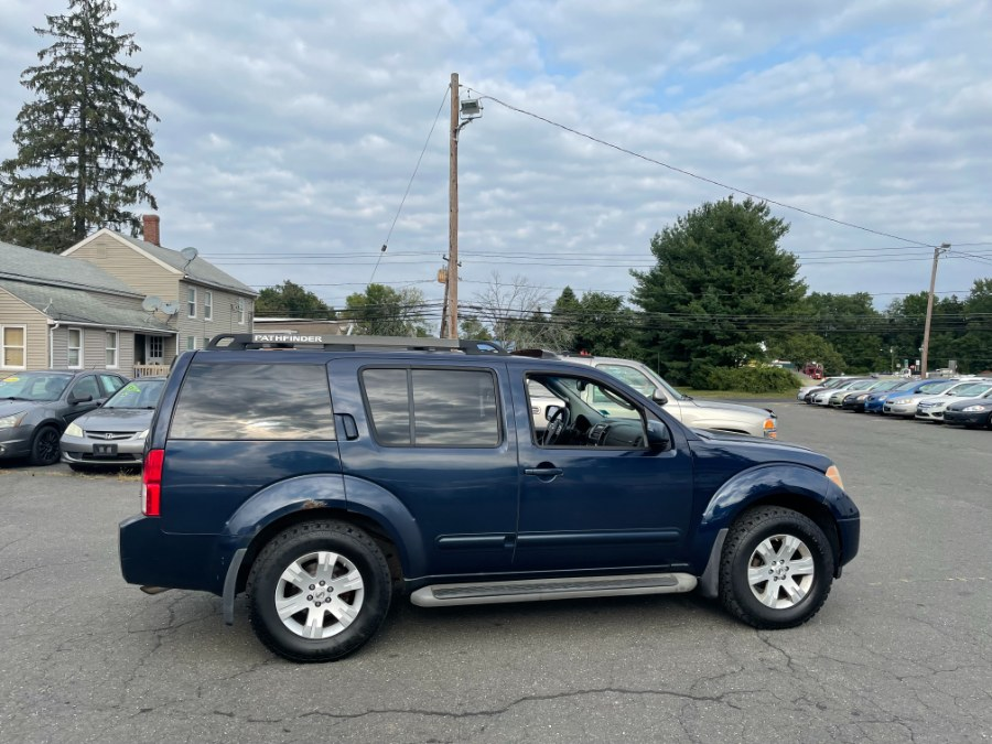 Used Nissan Pathfinder 4WD 4dr SE 2007   CT Car Co LLC. East Windsor, Connecticut