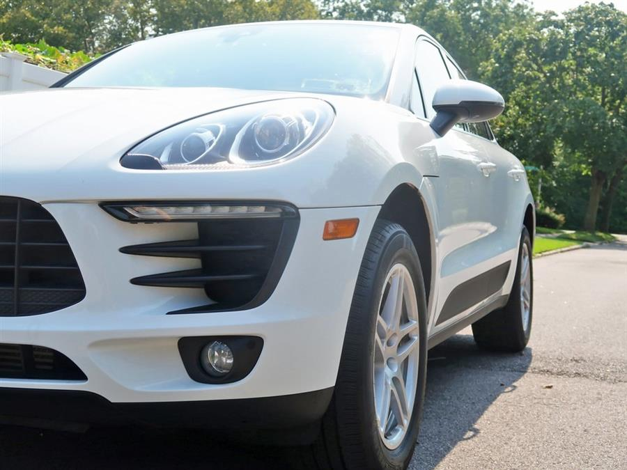 Used Porsche Macan Base 2018   Auto Expo Ent Inc.. Great Neck, New York