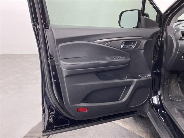 Used Honda Pilot EX-L 2018 | Eastchester Motor Cars. Bronx, New York