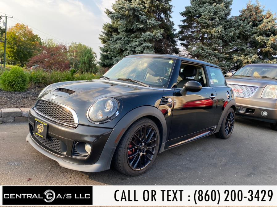 Used MINI Cooper Hardtop 2dr Cpe S 2011 | Central A/S LLC. East Windsor, Connecticut