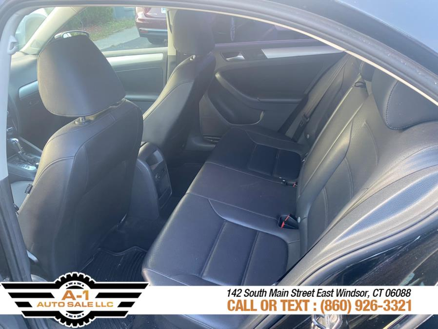 Used Volkswagen Jetta Sedan 4dr Auto SE PZEV *Ltd Avail* 2013   A1 Auto Sale LLC. East Windsor, Connecticut