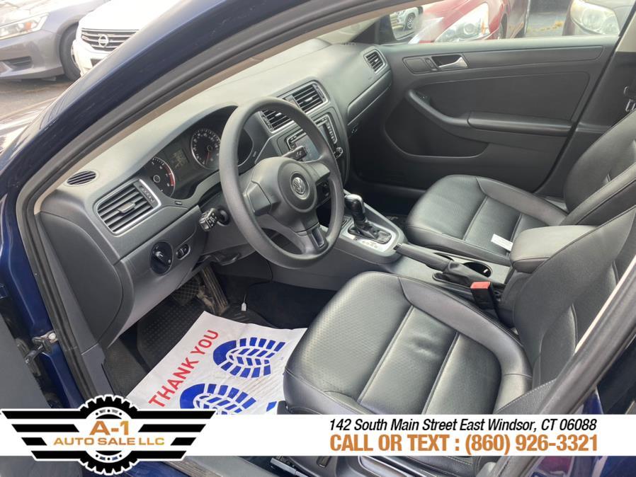 Used Volkswagen Jetta Sedan 4dr Auto SE w/Connectivity/Sunroof PZEV 2014   A1 Auto Sale LLC. East Windsor, Connecticut
