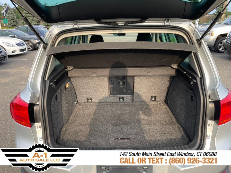 Used Volkswagen Tiguan 4MOTION 4dr Auto SE 2014 | A1 Auto Sale LLC. East Windsor, Connecticut