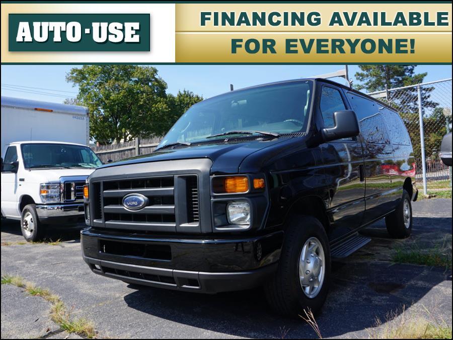 Used Ford E-series Wagon E-350 SD XL 2012   Autouse. Andover, Massachusetts