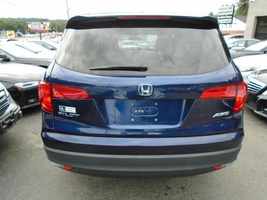 Used Honda Pilot EX-L w/Navigation AWD 2017   Jim Juliani Motors. Waterbury, Connecticut