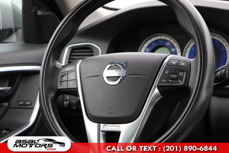 Used Volvo S60 AWD 4dr Sdn T6 R-Design 2012 | Asal Motors. East Rutherford, New Jersey